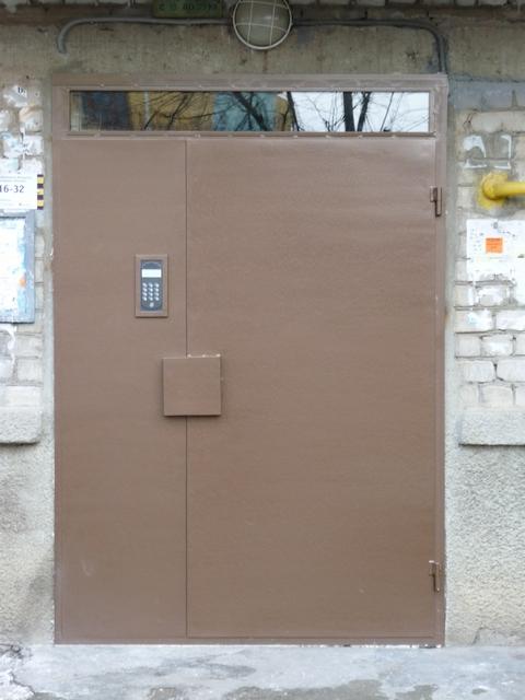 расценки на установку металлических дверей в подъезд